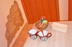 Butterfly Accomodation, Camera Gialla